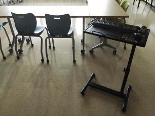 New mobile laptop station replaces front teacher desk